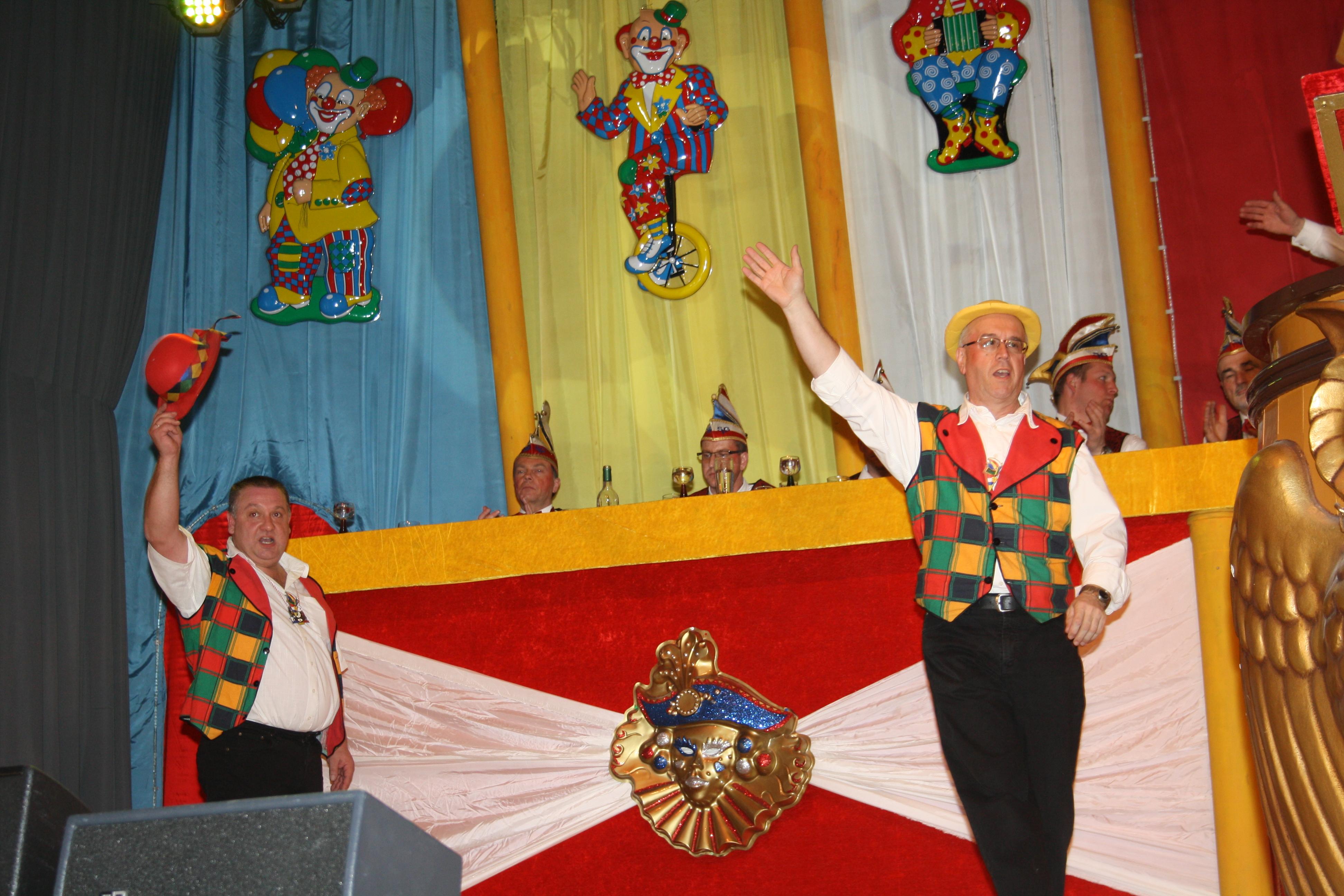 Bühnenarbeiter Thorsten und Reinhard